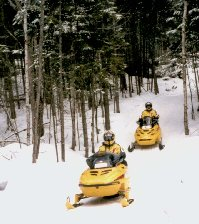 snowmobiling in Bartlett, NH